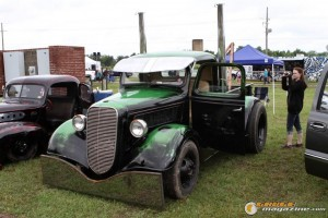 showfest-car-show-2014-120_gauge1425330094